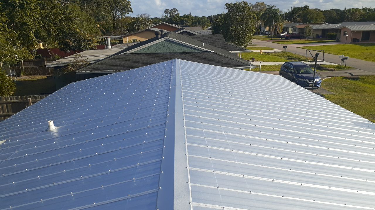Roofing Company Installs Ribbed Metal Roof System on Stuart FL Home